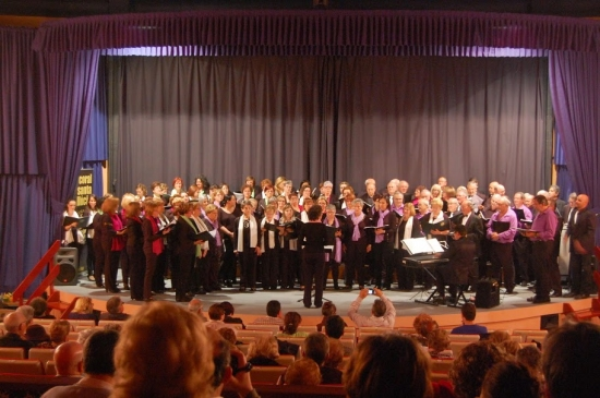 Societat Musical La Unió Filharmònica d´Amposta > Arxiu de notícies > Cicle de concerts Ebre Coral 2014
