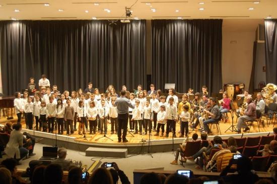 Societat Musical La Unió Filharmònica d´Amposta > Arxiu de notícies > Audició-concert de Nadal dels alumnes de l´Escola de Música