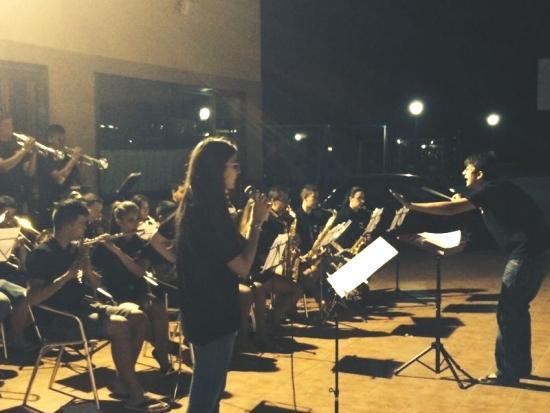 Societat Musical La Unió Filharmònica d´Amposta > Arxiu de notícies > La Bigband de la Fila al Càmping l´Aube de Deltebre