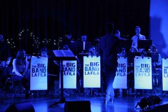 Societat Musical La Unió Filharmònica d´Amposta > Arxiu de notícies > El Nadal arriba a la Fila a ritme de jazz