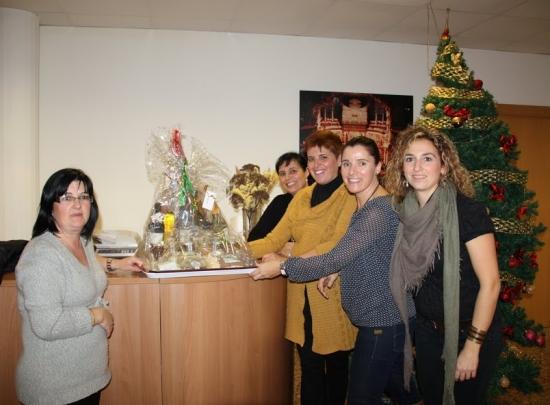 Societat Musical La Unió Filharmònica d´Amposta > Arxiu de notícies > Sorteig de la cistella de Nadal de l´Apima
