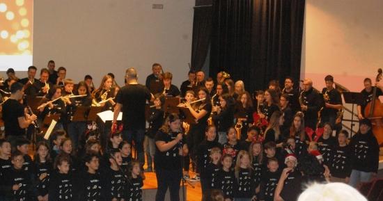 Societat Musical La Unió Filharmònica d´Amposta > Notícies > Festival de Nadal