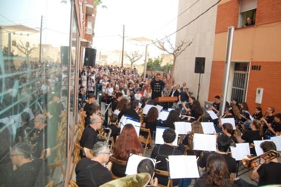 Societat Musical La Unió Filharmònica d´Amposta > Notícies > Diada de Sant Jordi musical
