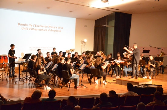 Societat Musical La Unió Filharmònica d´Amposta > Arxiu de notícies >  La Fila celebra una nova edició de la Trobada de Bandes Juvenils amb la participació de 450 músics