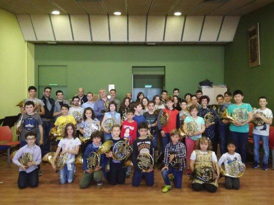 Societat Musical La Unió Filharmònica d´Amposta > Arxiu de notícies > Dissabte de trobades d´instrument